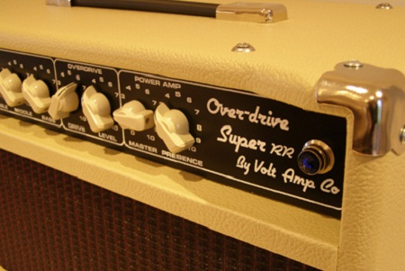 The Overdrive Super RR is more musical instrument than amplifier. It has the  sweetest bell-like clean tones, and a harmonically rich, expressive and dynamic  overdrive. It will not interfere with your guitar's natural tone in any way, but  you will definitely know it is there and be mighty glad that it is. If you are a  player that appreciates the king sized tones of Larry Carlton and Robben Ford then  we have the amp for you.